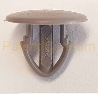 05-058  Renault Master kárpit patent.  Gyári cikkszám: 7703077457