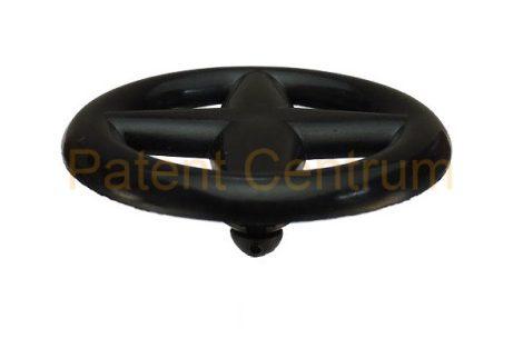 07-031   NISSAN géptető szigetelés  patent.  Furat: 5-5,5 mm.  Gyári cikkszám: 65832-F5000, 65846-30F00