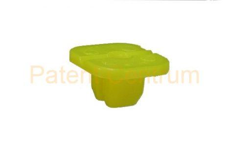 08-025    HONDA négyszög műanyag anya.  Furat: 8*8 mm, Gyári cikkszám: 90662SB2003