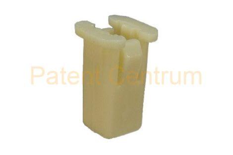 08-029   FORD FOCUS, FIESTA, MONDEO négyszög műanyag anya.  Furat: 9,5*9,5 mm,   Gyári cikkszám: 6549354