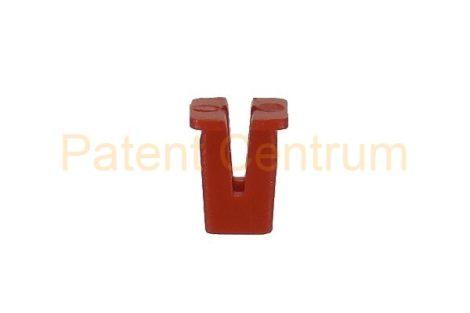 08-058   FORD kerékjárati dobbetét rögzítő patent, négyszög műanyag anya.   Furat: 7*7 mm,  Gyári cikkszám: 6695013