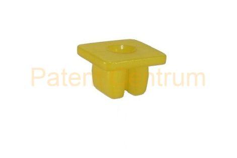 08-060   TOYOTA négyszög műanyag anya.    Furat: 9,5*8,5 mm,  Gyári cikkszám: 9018906018