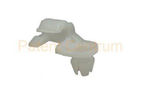 19-052   FIAT GRANDE PUNTO jobb ajtó zárrudazat rögzítő patent.  Furat: 7 mm.