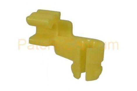 19-061   TOYOTA, LEXUS zárrudazat rögzítő patent.  Furat: kb.8,25 mm.   Gyári cikkszám: 69293-12060