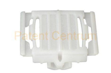 21-021   AUDI A3, A4, A6, A8 díszléc rögzítő patent. Gyári cikkszám: 4A0853825C