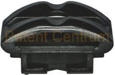 34-018 Citroen, Peugeot motorburkolat fogadó patent. Gyári cikkszám: 8220 EF